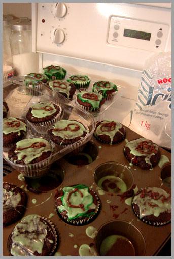 Creepy Cup Cakes
